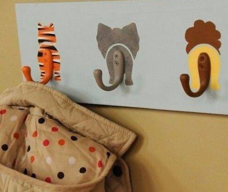 Вешалка в детскую комнату